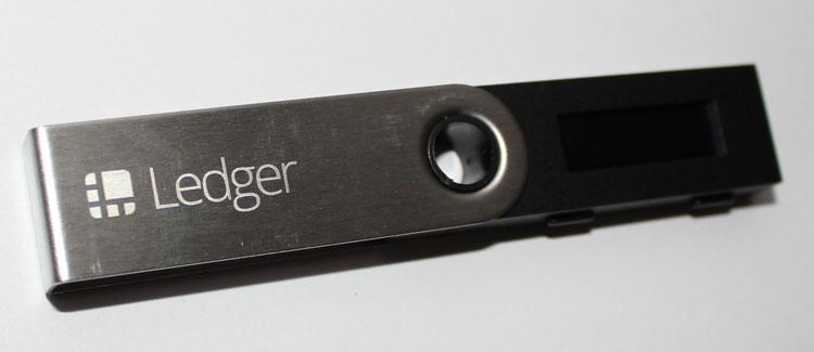 wallet-ledger-nano-s.jpg.a3accf533cbe6d6a5c806612c2d108a0.jpg